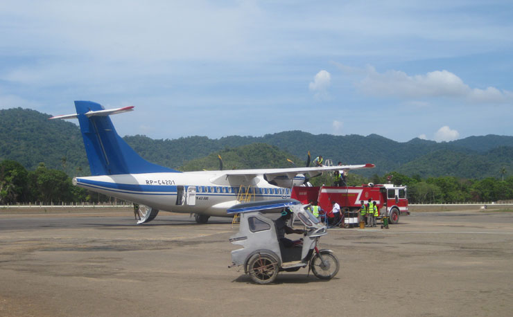 l'avion de la compagnie iti allant de l'aeroport d'elnido à manille
